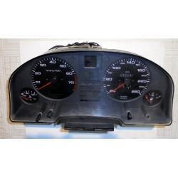 Licznik AUDI 80 B4 V6 2.6...